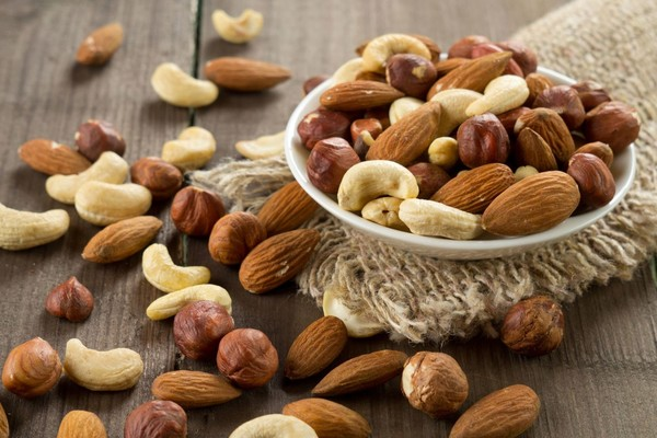 Nuts-top-photo1