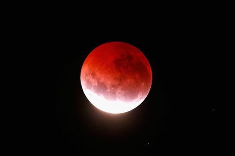 blood-red-moon