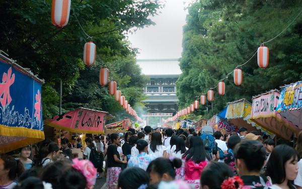 日本って屋台文化が無いのが一番ダメよな